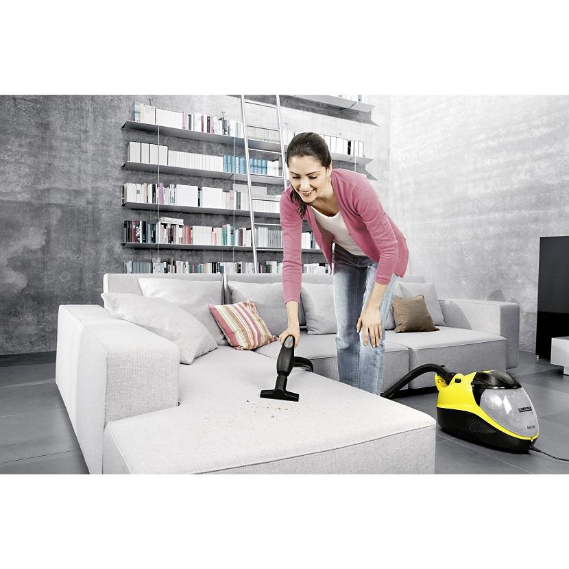 Odkurzacz czy mop elektryczny, który odkurza i myje podłogi?